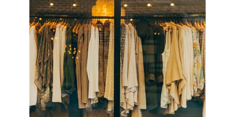 Jak oświetlić garderobę?